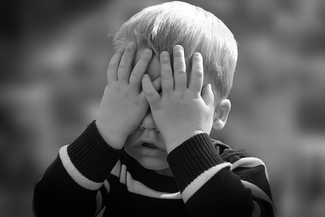 10 pomysłów jak bawić się z rocznym dzieckiem